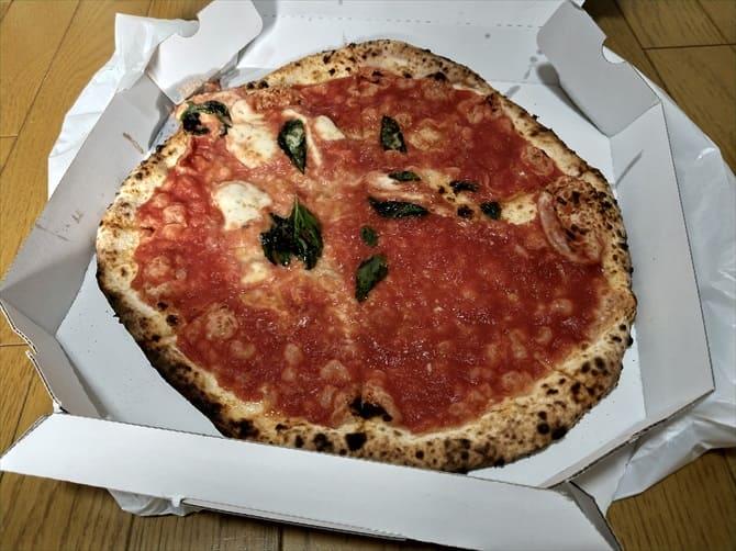 ラ ピッツァ ナポレターナ レガロ (LA PIZZA NAPOLETANA REGALO)