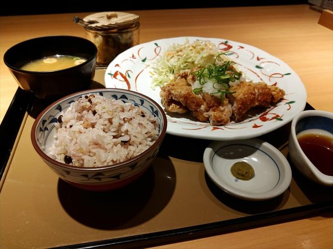 鶏もも一枚揚げ定食(おろしぽん酢