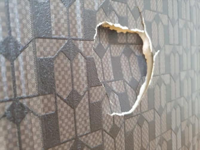 賃貸で壁に穴をあけた
